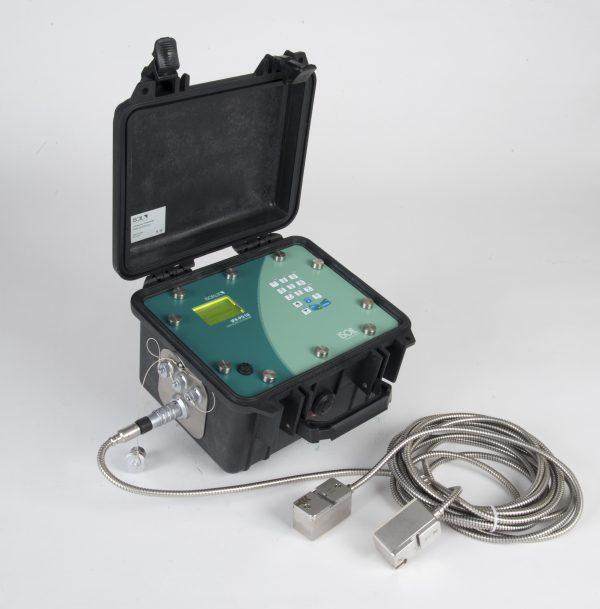 Misuratore portatile di portata a ultrasuoni clamp-on IFX-P210 ISOFLUX